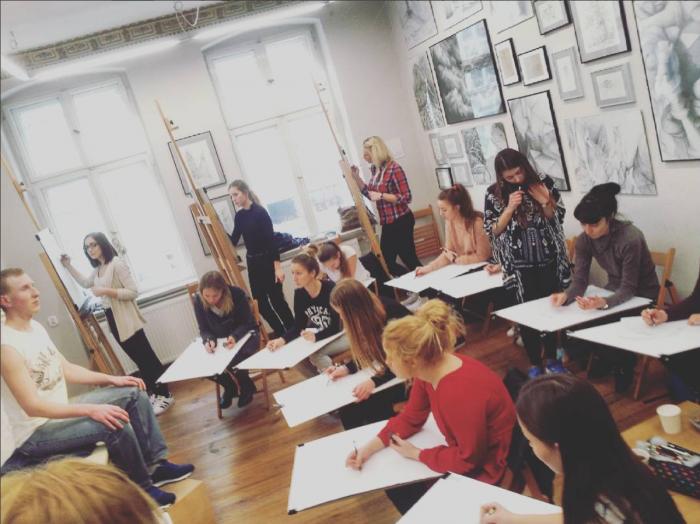 Terminy egzaminów wstępnych na uczelnie z obowiązkowym egzaminem z rysunku. Zobacz kiedy masz swój egzamin na studia 2016! :) :)